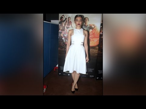 Radhika Apte reacts on being compared with Smita Patil; Watch video | Filmibeat