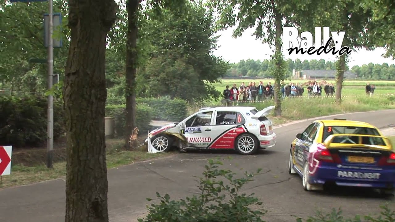 rally crash fabia wrc hits tree during ele rally 2009 youtube. Black Bedroom Furniture Sets. Home Design Ideas