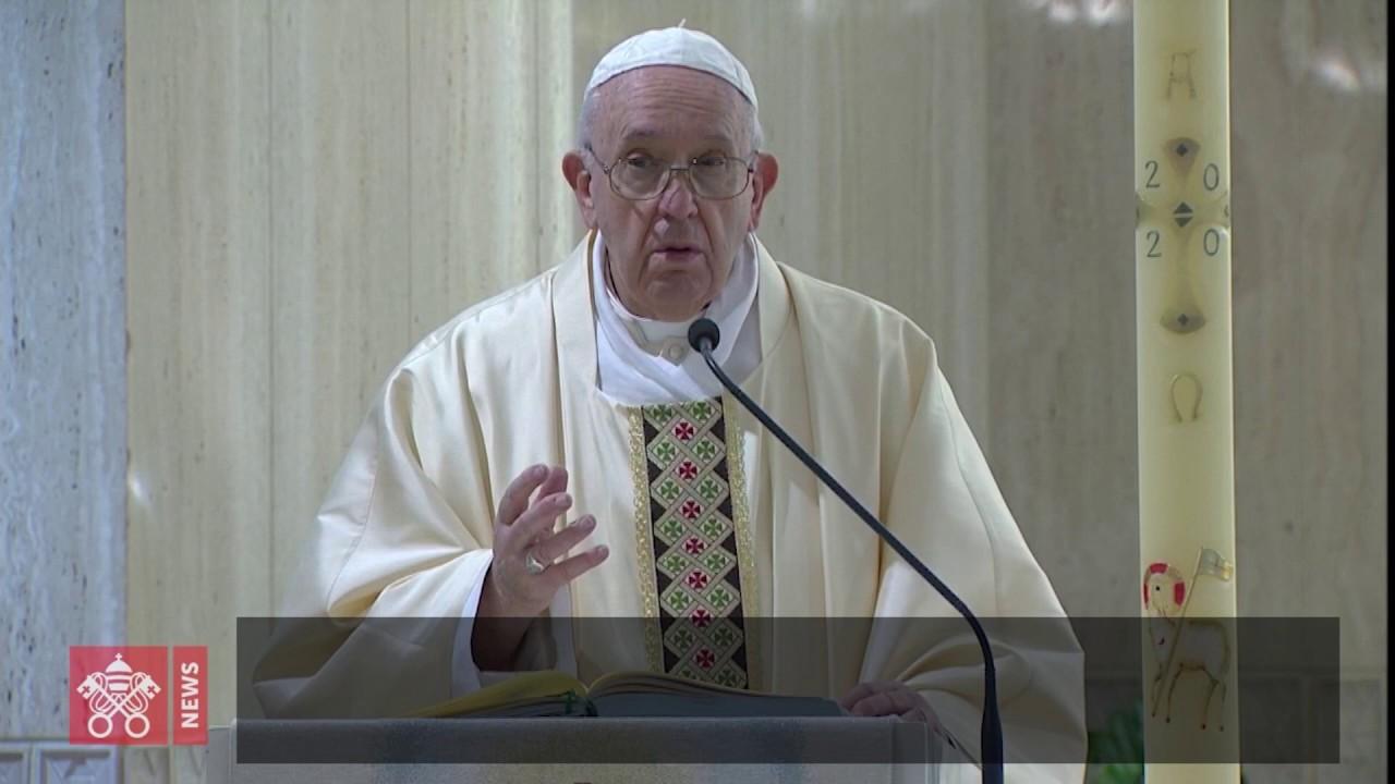 Papa: O Crucifixo é o livro do amor de Deus