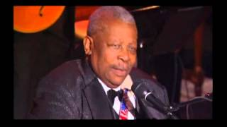 B.B. King - Paying The Cost To Be The Boss ( Live by Request, 2003 )