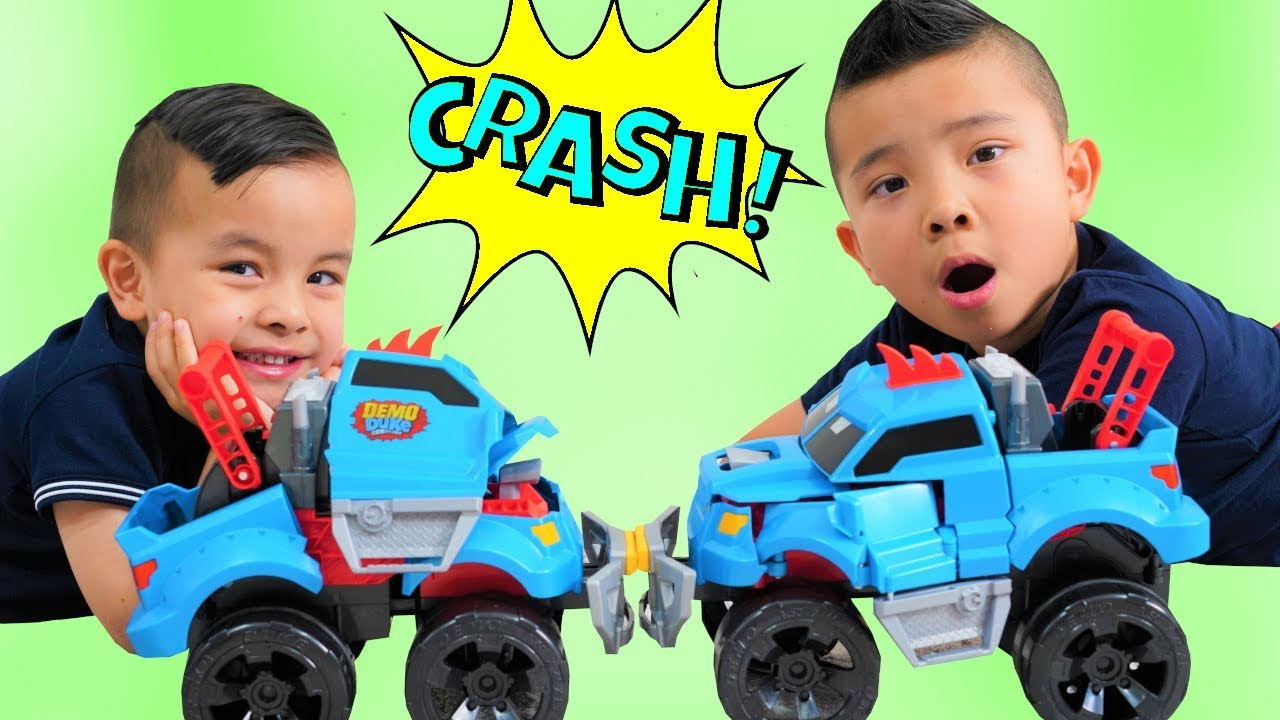 CRASH SMASH DEMOLISH Transforming Truck Demo Duke CKN Toys