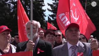 1 мая коммунисты объединились с националистами и дальнобойщиками