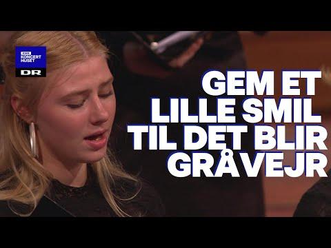 Din danske sang #7: Gem Et Lille Smil Til Set Bli'r Gråvejr