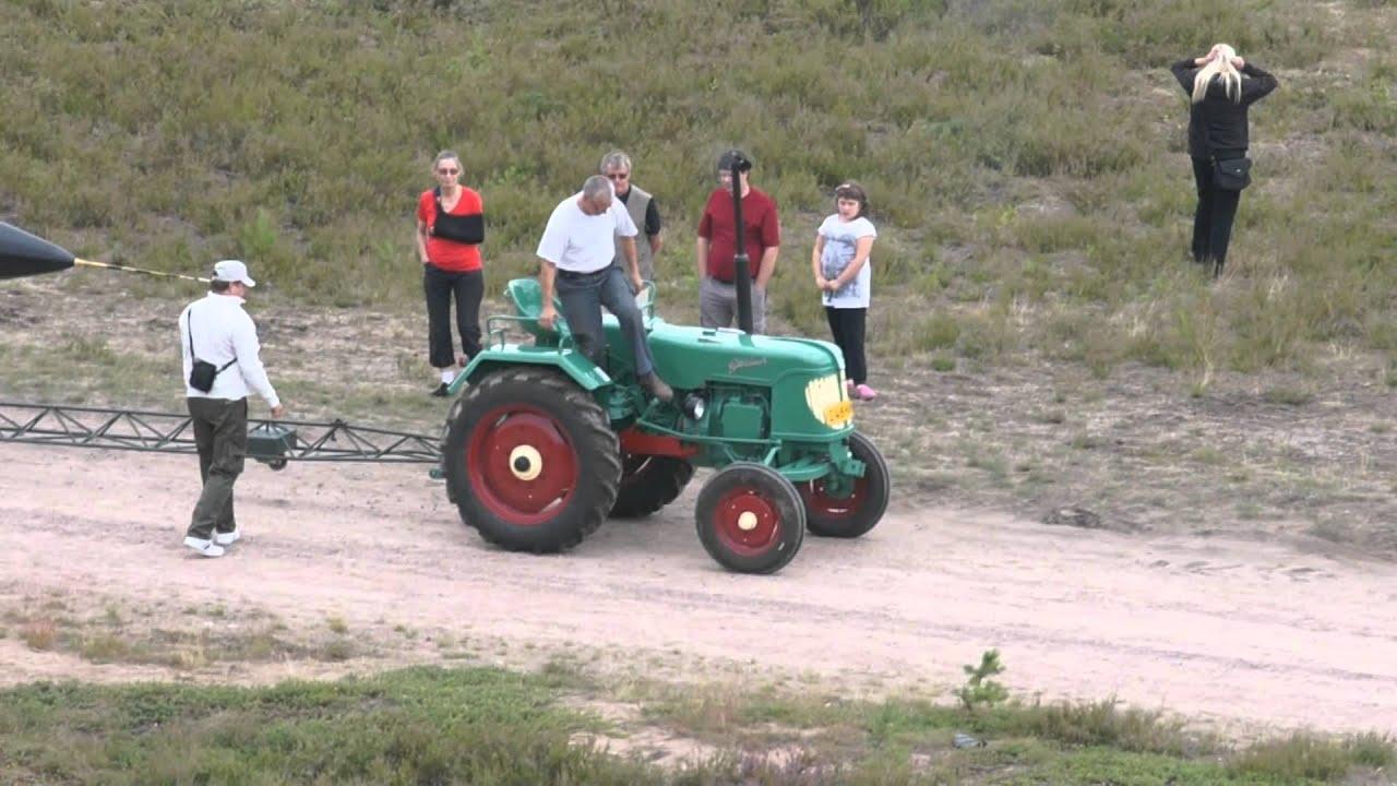 World S Smallest Tractor : World s smallest tractor pulls draken jämi fly in