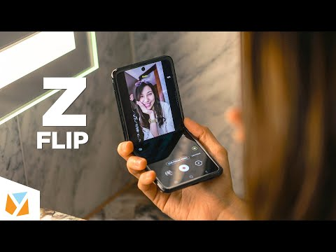 Samsung Galaxy Z Flip Hands-On Review