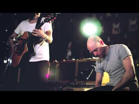 "Biffy Clyro At: Guitar Center ""The Rain"""