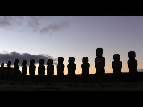 Punahou Seniors Travel to Rapa Nui (Punavision - January 2015)