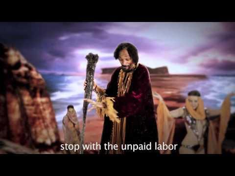 (Clean) Moses vs Santa Claus: Epic Rap Battles of History Season 2 (HD)