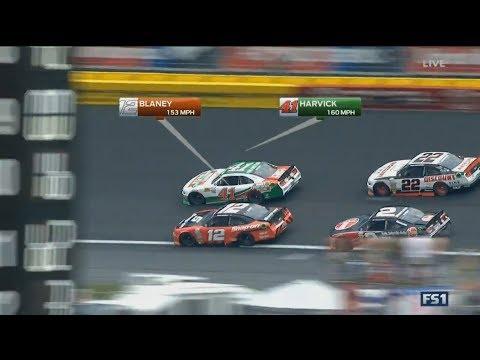 NASCAR Xfinity Series 2017. Charlotte Motor Speedway. Restart & Battle for Win