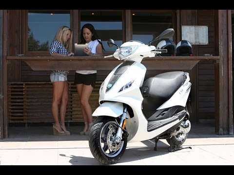 new piaggio fly 50 4t 4v previous fly 50 2t 2v youtube. Black Bedroom Furniture Sets. Home Design Ideas