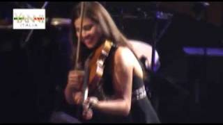 Gambar cover Yanni Live in Budapest-Whitin Attraction