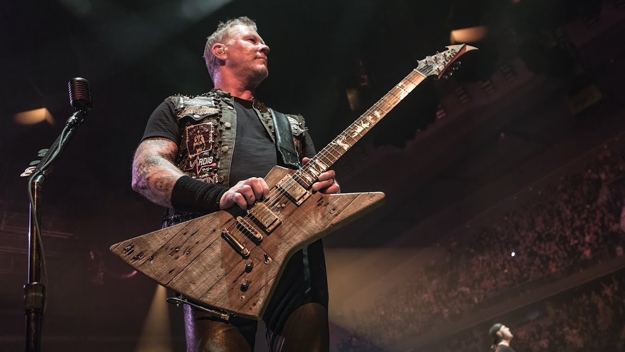 "Metallica: James\' New Guitar from the ""Garage Days\"""