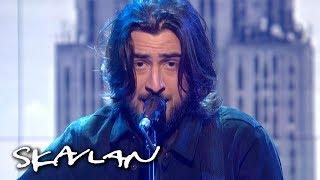 Noah Kahan performs «False Confidence» | SVT/TV 2/Skavlan