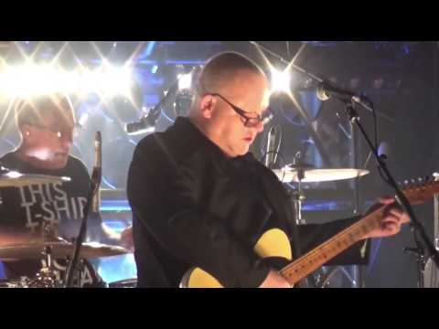Pixies - 09. Tenement Song (O2 Academy Leeds, 30.11.16)
