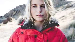 Maddie Mastro is an American snowboarder at halfpipe at Winter Olympics Pyeongchang, 2018