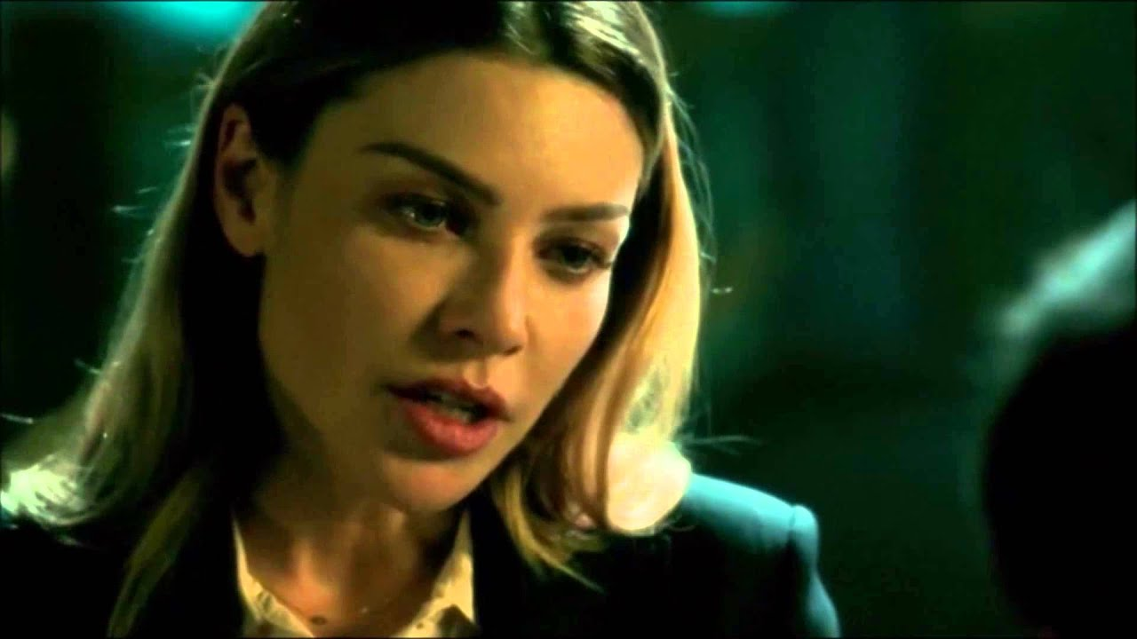 Download Lucifer and Detective Chloe s01e01