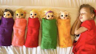 Настя играет с куклами - Are you Sleeping Brother John на русском - Детские песенки от Алекс и Настя