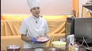 Приготовление крема на основании взбитых сливок.