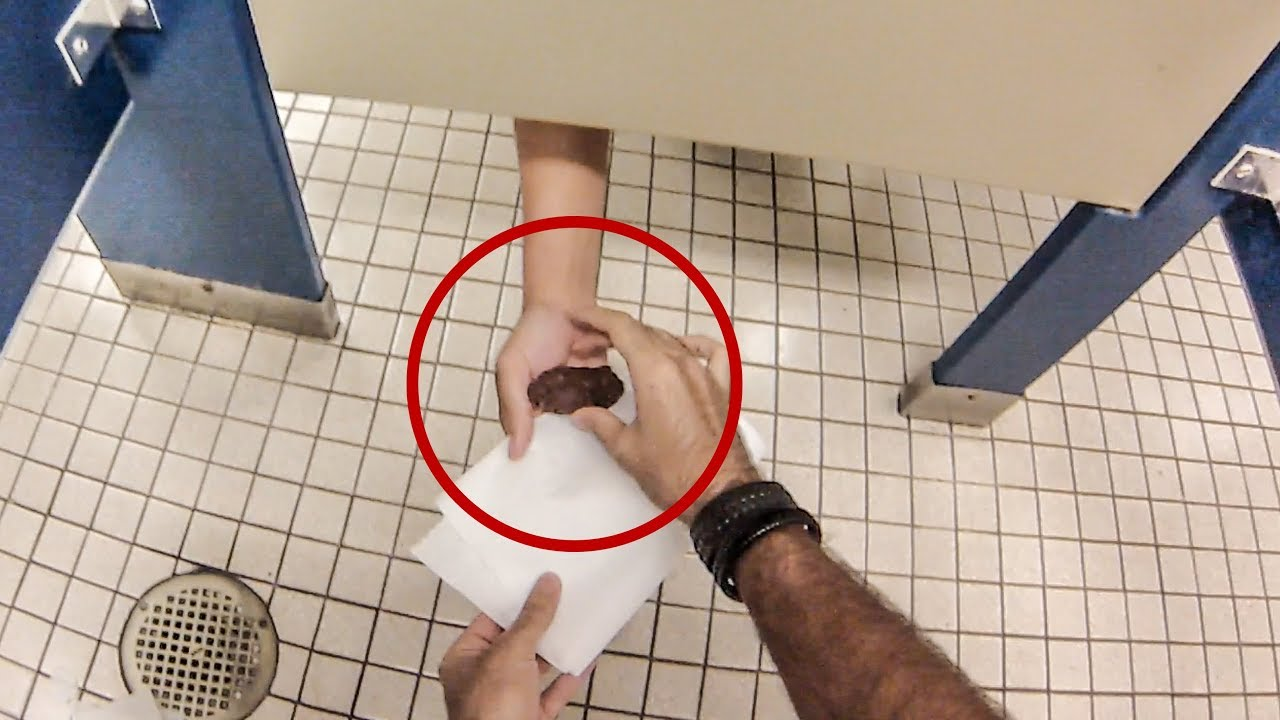 Bathroom Prank Part 2  Hoomantv - Youtube-2039