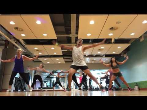 No voy a llorar ZIN 64 Zumba Official choreography Carolina la O ft. Robert Taylor by zumba Papi Uk
