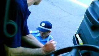 видео Специфика перевозки нефтепродуктов автомобилями