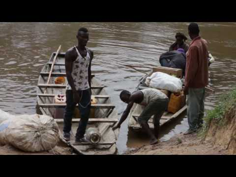 01 - Summary video: Liberia Healthcare Workers in the Health System Fighting Ebola (9mn)