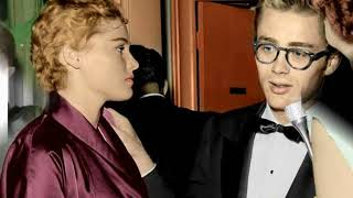 JAMES DEAN & URSULA ANDRESS