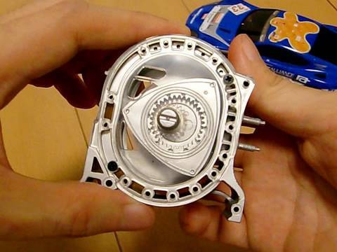 mini Rotary Engine going 10,000rpm