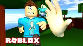 THE HAND IS OUR ENEMY! | Roblox Death Run! | MicroGuardian