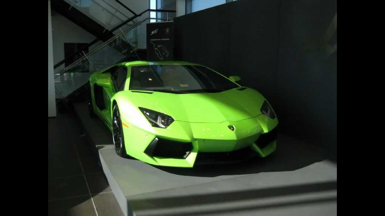 Color neon green