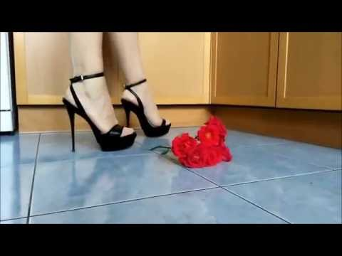 Rose under the high heels @ love high heel