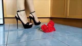 Rose under the high heels @ love high heel