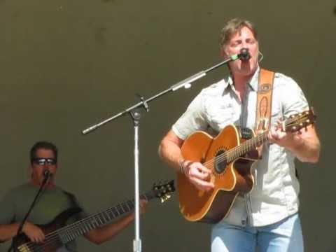 I Just Came Back from a War - Darryl Worley (Live)