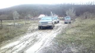 Шеви Сабурбан (Chevrolet Suburban 2500) - боевая машина помещика