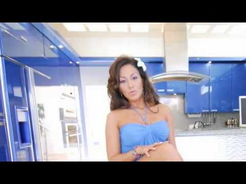 ANN MARIE RIOS - Exxxotica L.A. 2011 from YouTube · Duration:  1 minutes 19 seconds