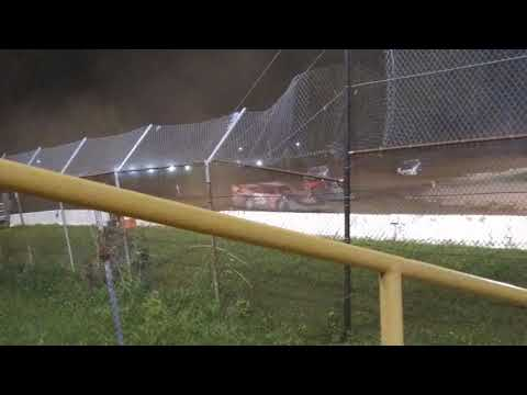 Crate Late Model Feature from Genesee Speedway 8/25/18