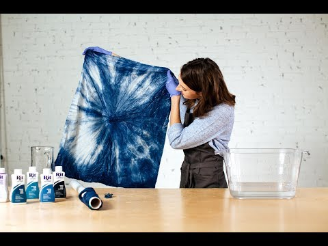 How to Shibori Dye (Kanoko Style) with Rit Dye - YouTube