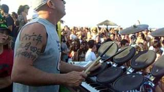 Davide Ruberto live drum & Frankie P djset @ Papeete 2 maggio 09 (video edit by Gorilla Prod)