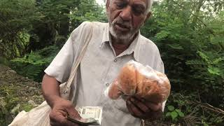 Old man couldn't believe what just happened || Surprise 💰 || Tibetan vlogger