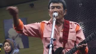 petikan gitar lagu musafir rhoma irama; sesi latihan untuk live indosiar september 2017