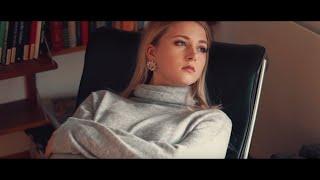 Смотреть клип Ambre Vallet - Dämmerung