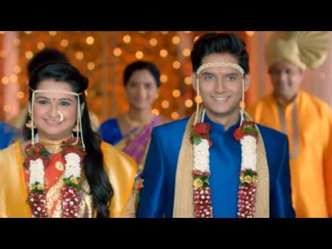 Yeu Kashi Tashi Mi Nandayla Title Song | Shalva Kinjawadekar, Anvita Phaltankar | Zee Marathi