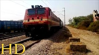 DEVASTATING ATTACK BY LALLAGUDA WAP-4 WITH 17007 SECUNDRABAD - DARBHANGA EXPRESS