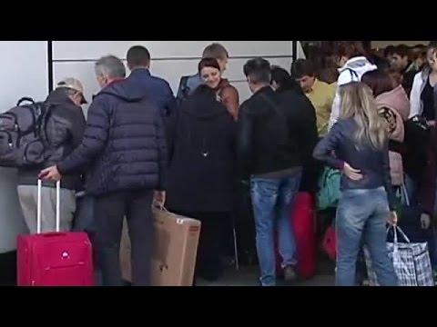 Вынужденные переселенцы начали массово возвращаться домой