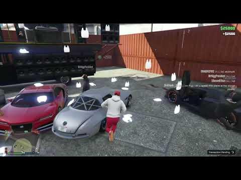 GTA V ONLINE PC :Modder Drops Over $300k In Public Lobby