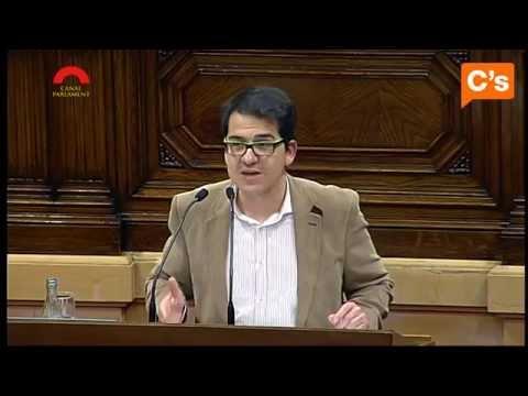 C's - Espejo: CiU y ERC construyen estructuras de Estado mientras dejan de pagar a las personas