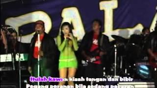 Download lagu Dangdut Goyang Seksi Ina Samanta Gress Palapa - Tangan dan Bibir