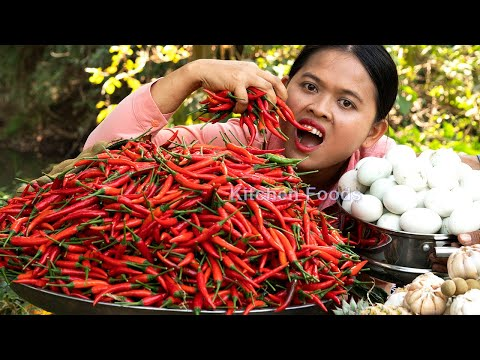 Extreme Spicy Fried Grinded Chilies 10KG Eating With Balut Eggs - King Of Spicy Foods