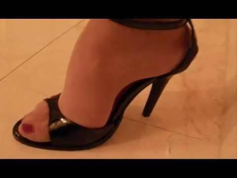 Sandal heels and pantyhose u-tube