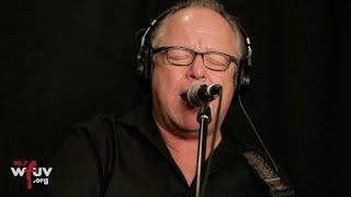 "Pixies - ""Death Horizon"" (Live at WFUV)"